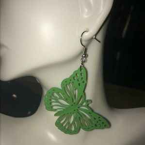 FOREVER 21 Green Metal Statement Earrings NWOT